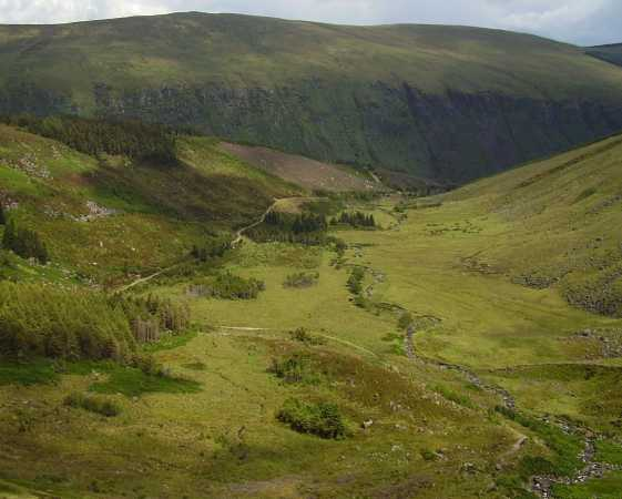 MountainViews.ie Picture about mountain Lugnaquilla (<i>Log na Coille</i>) in area Wicklow, Ireland