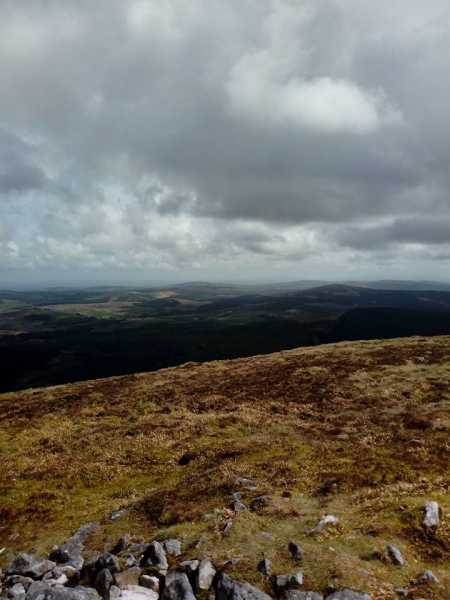 MountainViews.ie Picture about mountain Keeper Hill in area Shannon, Ireland
