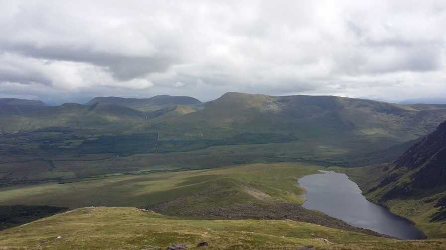 MountainViews.ie Picture about mountain Sliabh Mhacha Ré (mullach thoir thuaidh) in area Central Dingle, Ireland