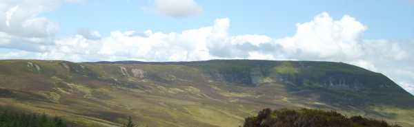 MountainViews.ie Picture about mountain Cuilcagh (<i>Binn Chuilceach</i>) in area Breifne, Ireland