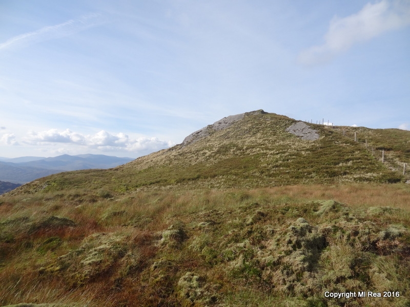 MountainViews.ie Picture about mountain Stumpa Dúloigh SW Top in area Dunkerron Mountains, Ireland