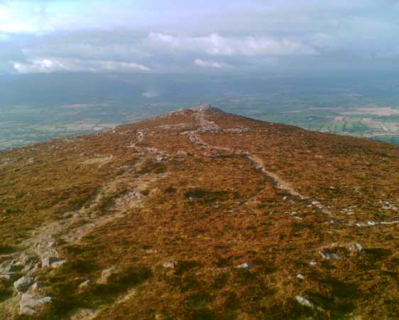 MountainViews.ie Picture about mountain Sugarloaf Hill in area Knockmealdown Mountains, Ireland