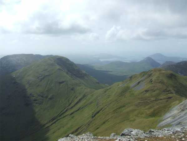 MountainViews.ie Picture about mountain Binn Fraoigh in area Twelve Bens, Ireland
