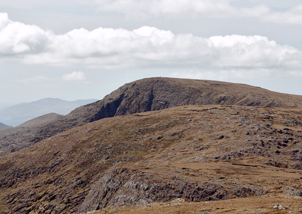 MountainViews.ie Picture about mountain Coomnacronia (<i>Com na Cróine</i>) in area Dunkerron Mountains, Ireland