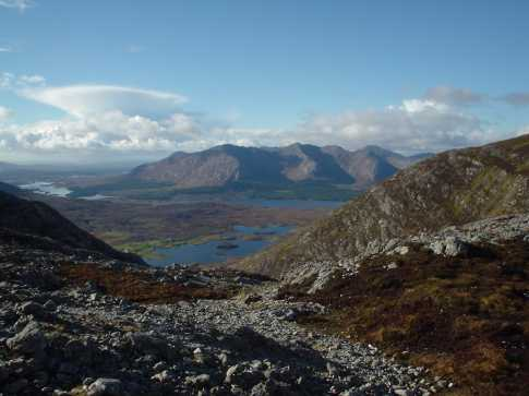 MountainViews.ie Picture about mountain Binn Chaonaigh in area Maamturks, Ireland
