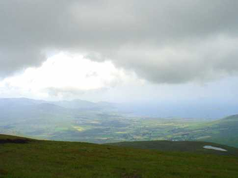 MountainViews.ie Picture about mountain Maulin (<i>Málainn</i>) in area Caha Mountains, Ireland