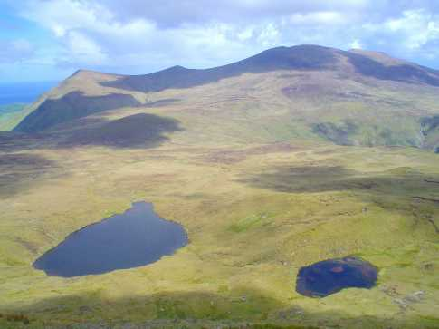 MountainViews.ie Picture about mountain Coumbaun in area Central Dingle, Ireland