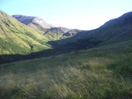 MountainViews.ie Picture about mountain Cnoc na hUilleann in area Maamturks, Ireland