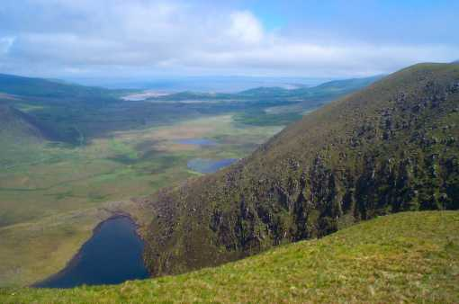 MountainViews.ie Picture about mountain Macha na gCab in area Brandon Group, Ireland