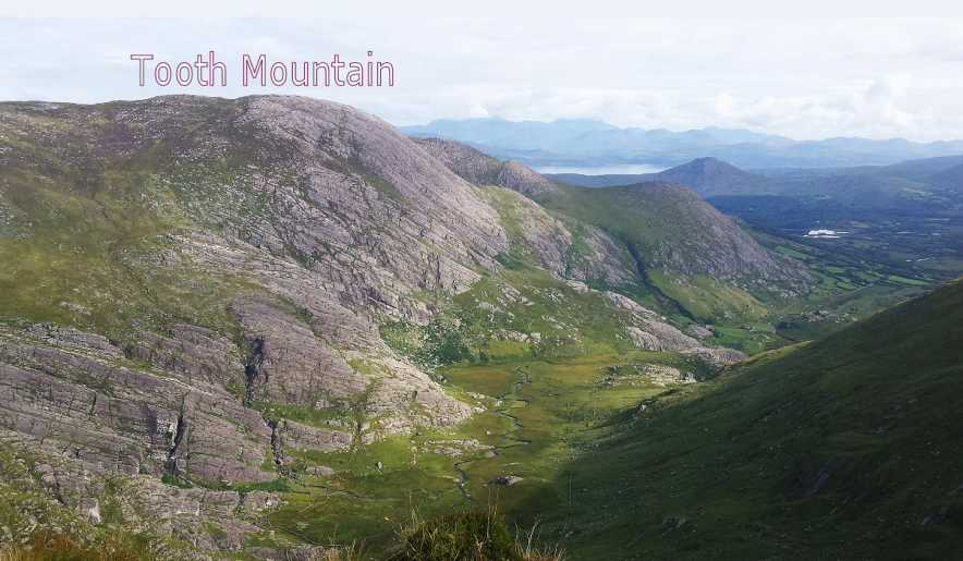 MountainViews.ie Picture about mountain Tooth Mountain (<i>Cnoc na bhFiacal</i>) in area Caha Mountains, Ireland