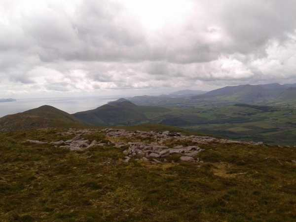 MountainViews.ie Picture about mountain Moanlaur in area Slieve Mish, Ireland
