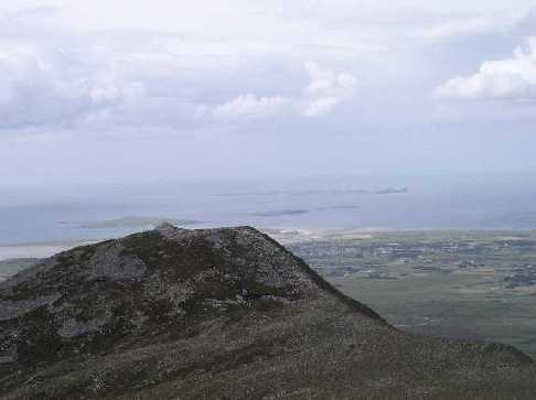 MountainViews.ie Picture about mountain Aghla Beg (<i>An Eachla Bheag</i>) in area Derryveagh Mountains, Ireland