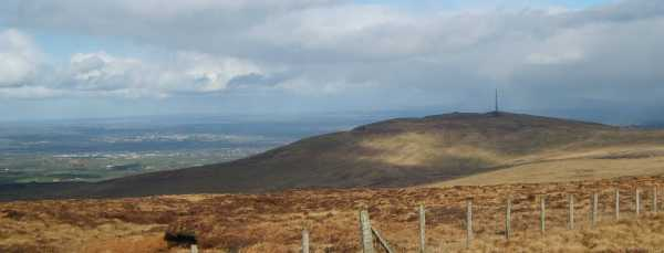 MountainViews.ie Picture about mountain Slieve Gallion (<i>Sliabh gCallann</i>) in area Sperrin Mountains, Ireland