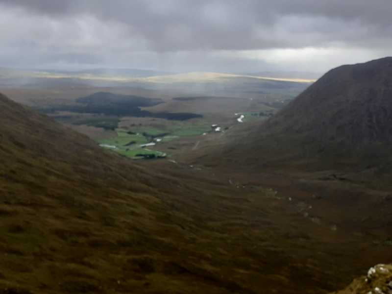 MountainViews.ie Picture about mountain Knocklaur (<i>Cnoc Láir</i>) in area Partry & Joyce, Ireland