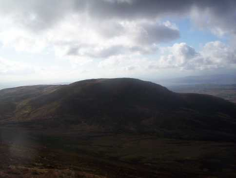MountainViews.ie Picture about mountain Slieve Main in area Inishowen, Ireland