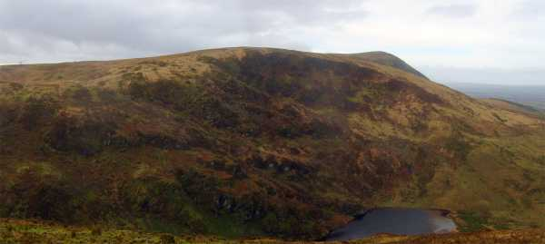MountainViews.ie Picture about mountain Curracahill in area Paps/Derrynasaggart, Ireland