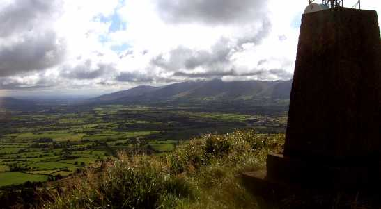 MountainViews.ie Picture about mountain Slievereagh in area Ballyhoura Mountains, Ireland