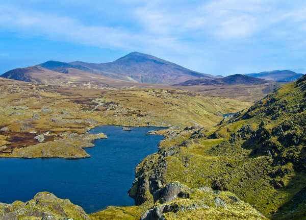 MountainViews.ie Picture about mountain Cnoc na Bánóige N Top in area Central Dingle, Ireland