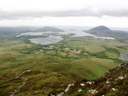 MountainViews.ie Picture about mountain Binn Ghuaire in area Twelve Bens, Ireland