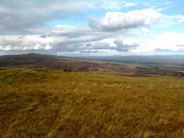 MountainViews.ie Picture about mountain Coolnasillagh Mountain in area Sperrin Mountains, Ireland