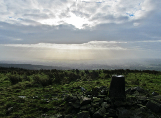 MountainViews.ie Picture about mountain Gortnageragh in area Shannon, Ireland