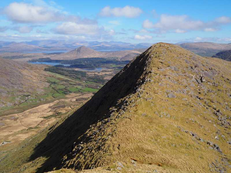 MountainViews.ie Picture about mountain Tooreenbaha in area Caha Mountains, Ireland