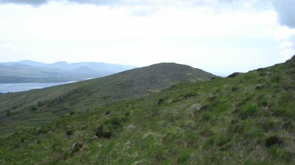 MountainViews.ie Picture about mountain Knockanaskill in area Dunkerron Mountains, Ireland