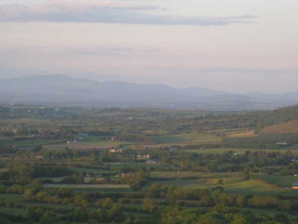 MountainViews.ie Picture about mountain Cullenagh Mountain in area South Midlands, Ireland