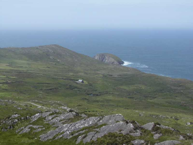 MountainViews.ie Picture about mountain Knocknamaddree in area Mizen/Sheeps Head, Ireland
