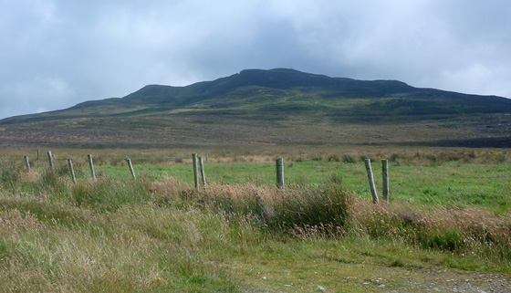 MountainViews.ie Picture about mountain Crockalough (<i>Cnoc an Locha</i>) in area Inishowen, Ireland