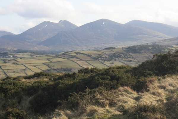 MountainViews.ie Picture about mountain Slievenalargy in area Mourne Mountains, Ireland