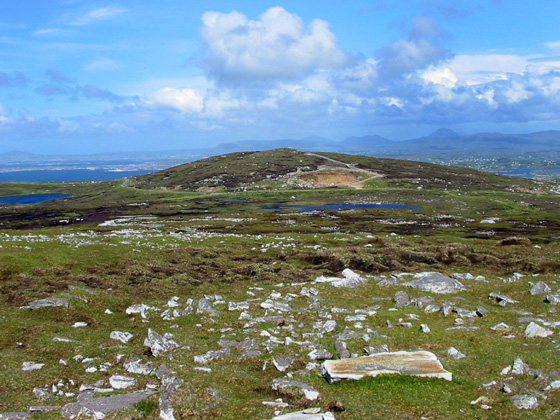 MountainViews.ie Picture about mountain Cnoc an Iolair (mullach thiar) in area Donegal NW, Ireland