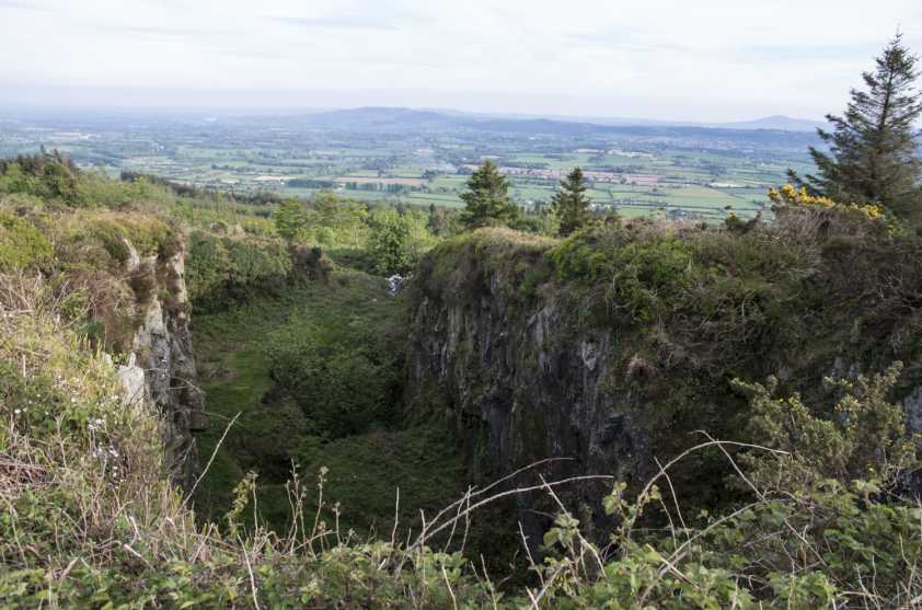 MountainViews.ie Picture about mountain Carrigadoon Hill in area South Midlands, Ireland