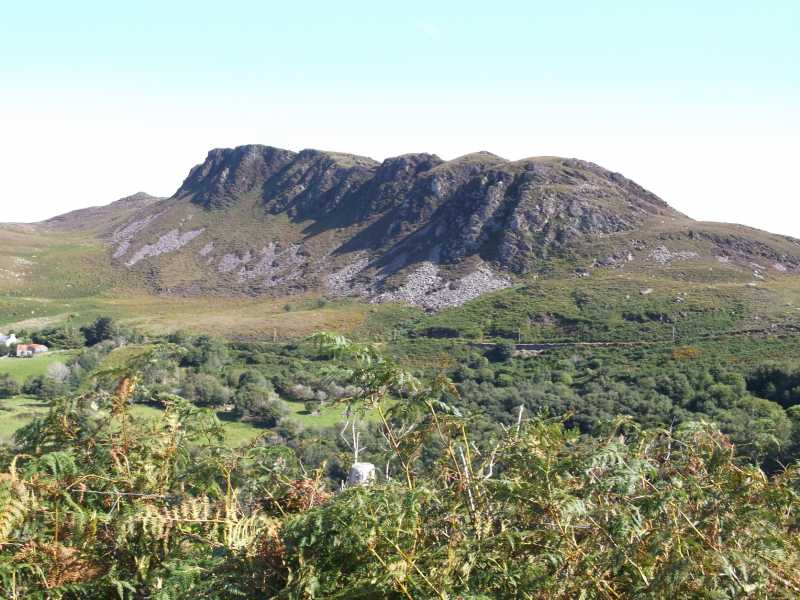 MountainViews.ie Picture about mountain Callahaniska in area Glenbeigh Horseshoe, Ireland