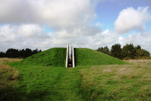 MountainViews.ie Picture about mountain Oulart Hill in area North Wexford, Ireland