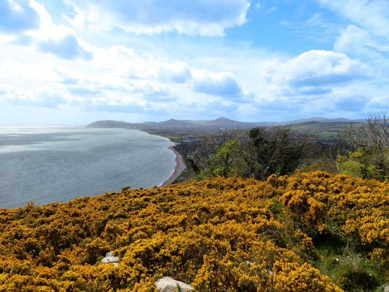 MountainViews.ie Picture about mountain Killiney Hill in area Dublin/Wicklow, Ireland