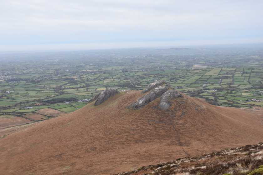 MountainViews.ie Picture about mountain Hen Mountain in area Mourne Mountains, Ireland
