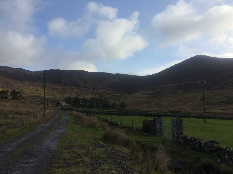 MountainViews.ie Picture about mountain Meenteog South-East Top in area Glenbeigh Horseshoe, Ireland