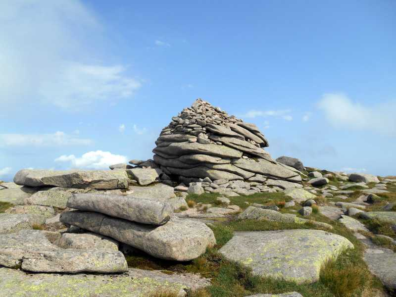 MountainViews.ie Picture about mountain Cac Carn Mor  in area Braemar to Montrose, Ireland