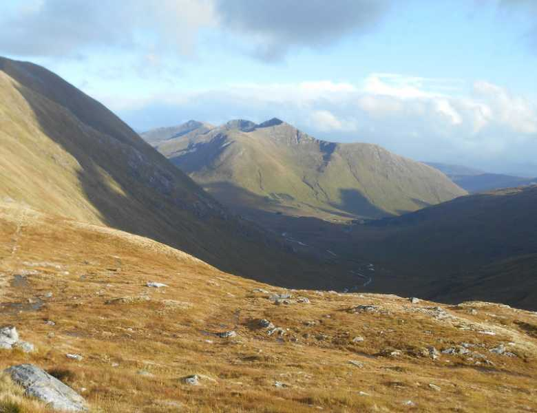 MountainViews.ie Picture about mountain Gleouraich in area Glen Shiel to Loch Hourn and Loch Quoich, Ireland
