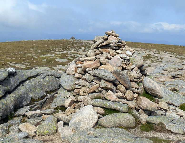 MountainViews.ie Picture about mountain Carn an t-Sagairt Mor in area Braemar to Montrose, Ireland
