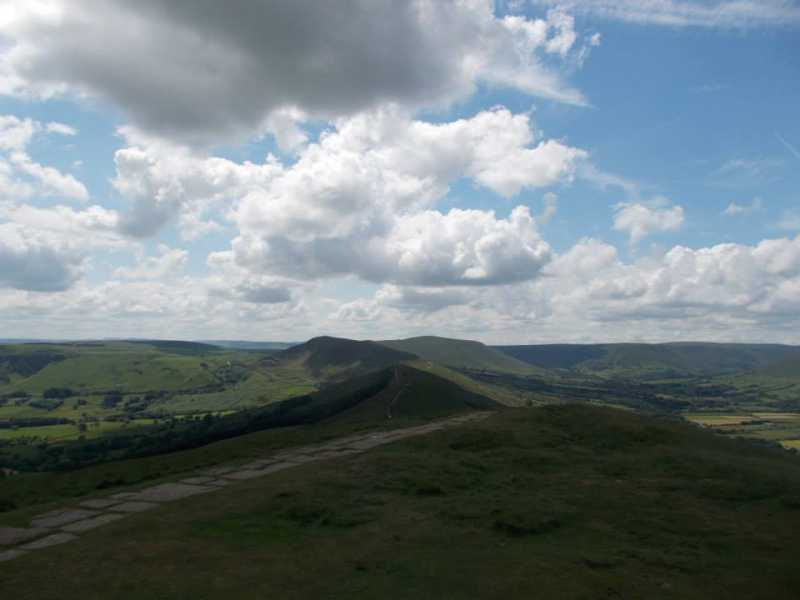 MountainViews.ie Picture about mountain Lose Hill  in area Lancashire, Cheshire & the Southern Pennines, Ireland