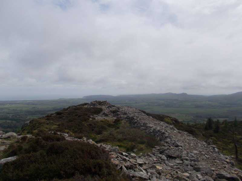 MountainViews.ie Picture about mountain Garn Boduan  in area Anglesey and the Lleyn Peninsula, Ireland