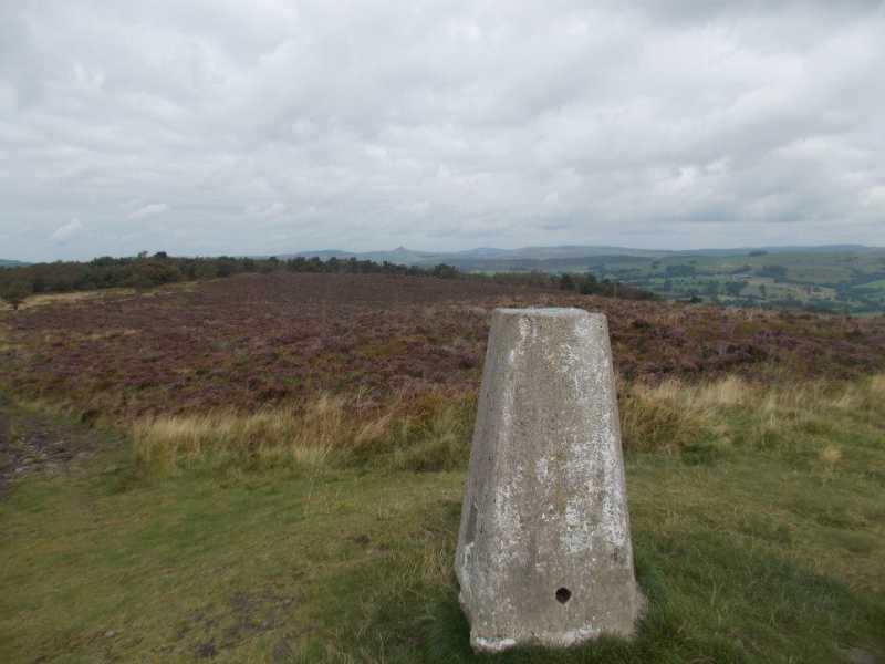 MountainViews.ie Picture about mountain Gun  in area Lancashire, Cheshire & the Southern Pennines, Ireland