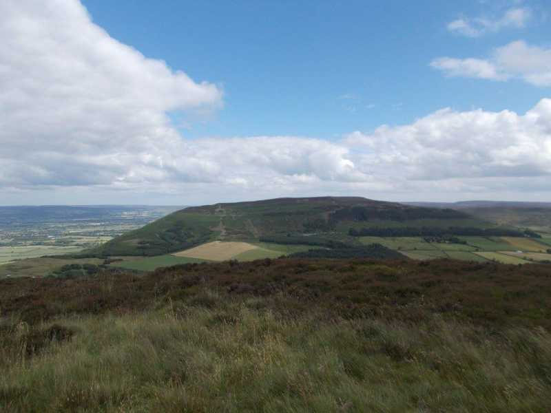 MountainViews.ie Picture about mountain Cringle Moor - Drake Howe  in area The River Tees to The Wash, Ireland