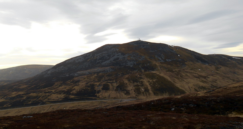 MountainViews.ie Picture about mountain The Cairnwell in area Pitlochry to Braemar and Blairgowrie, Ireland