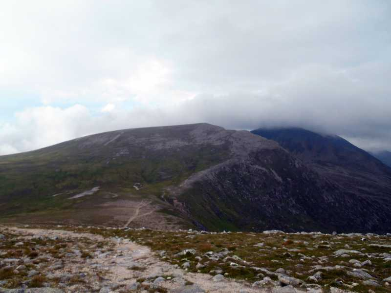 MountainViews.ie Picture about mountain Stob Coire an t-Saighdeir in area Cairngorms, Ireland