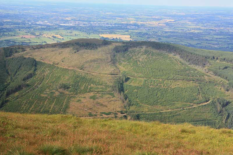 MountainViews.ie Picture about mountain Silvermine Mountains E Top in area Shannon, Ireland
