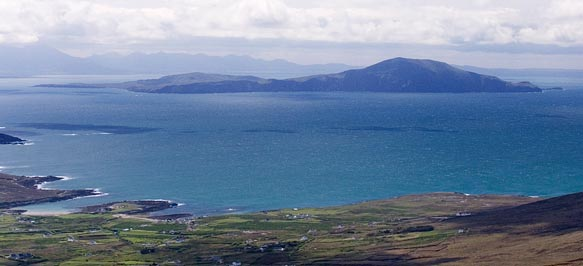 MountainViews.ie Picture about mountain Knockmore in area Achill/Corraun, Ireland