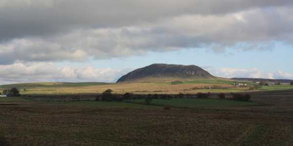MountainViews.ie Picture about mountain Slemish in area Antrim Hills, Ireland